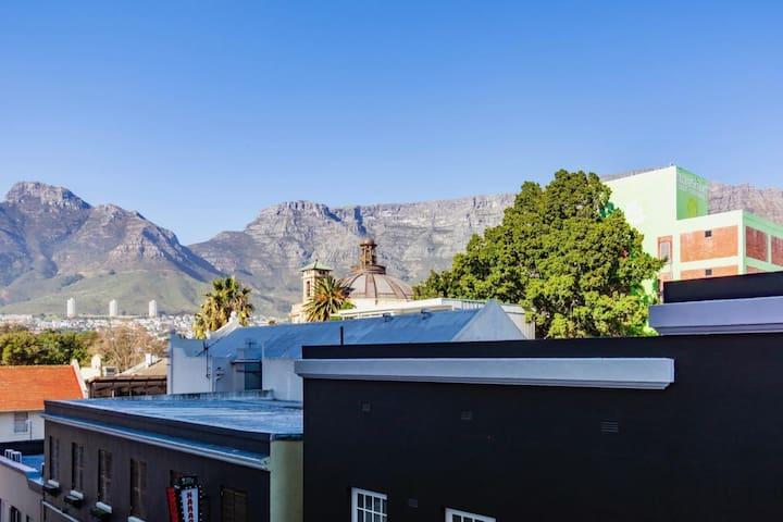 Urban Living off Long