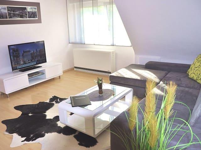 Ferienhaus Jäger, (Friedrichshafen), Ferienwohnung Dornier, 60qm, 1 Schlafzimmer, max. 3 Personen