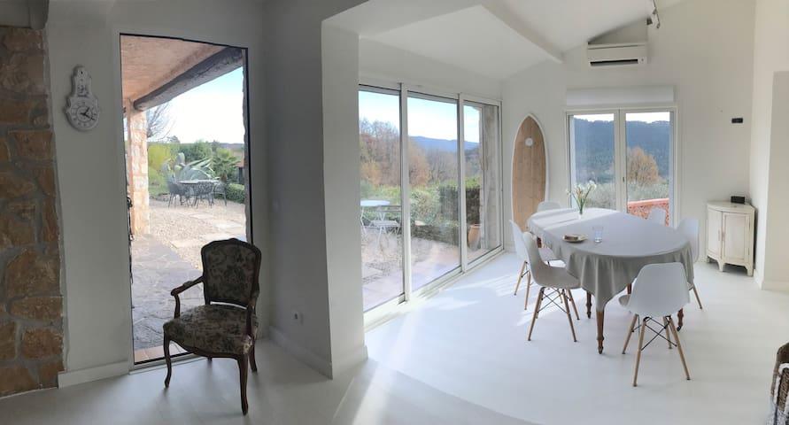 Maison d'O - swim & relax with beautiful views - Bagnols-en-Forêt - Dům