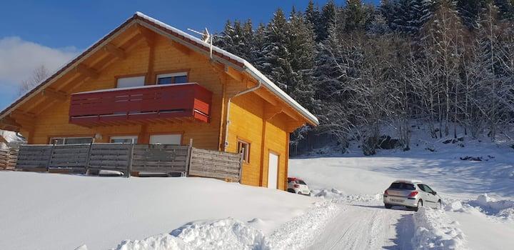 Chambre privée dans un chalet moyenne montagne