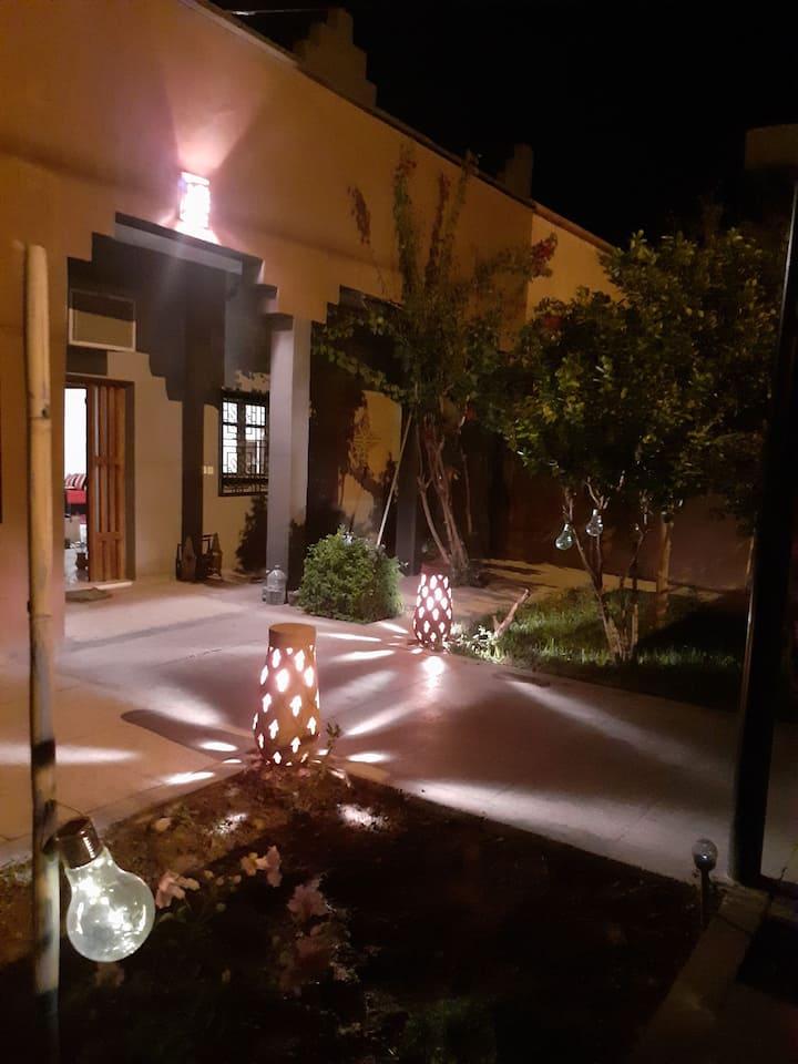 Villa calme au centre de Ouarzazate