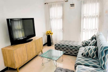 Fully equipped 2BR home near Clark Airport -15mins