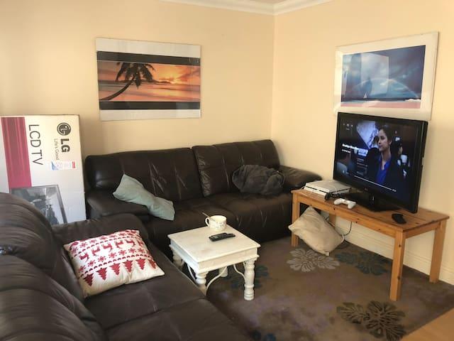 Riverside room for rental