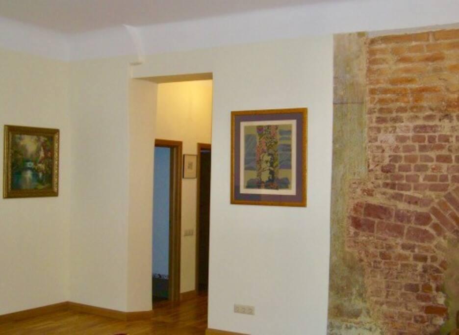 Original exposed brick details from 16th century