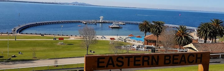 Hello Sunshine Waterfront Geelong