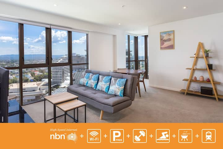 Stylish 2 Bedroom Apartment with View GCBBW1P1