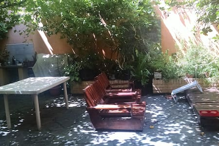 Casa con patio para compartir. - Buenos Aires