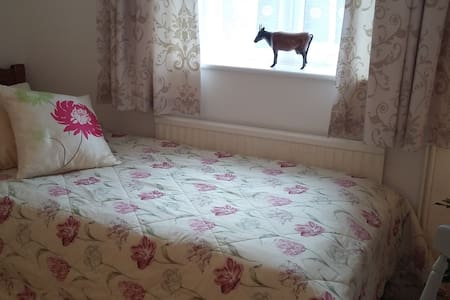 The Dog Friendly Annex - Verwood - Bed & Breakfast
