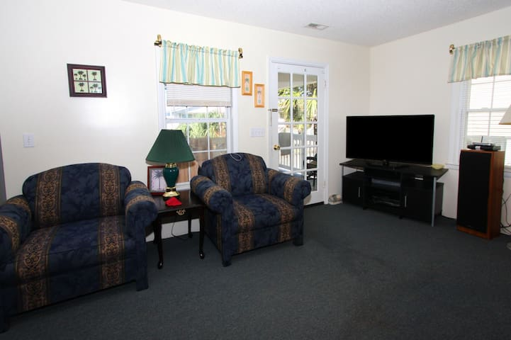 Room,Indoors,Living Room,Couch,Furniture