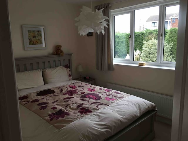 King size bed in Double room