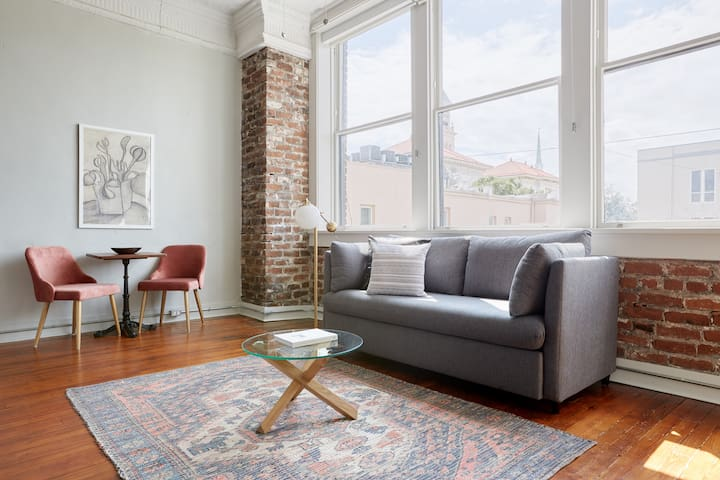 Sonder | The Broughton | Charming 1BR
