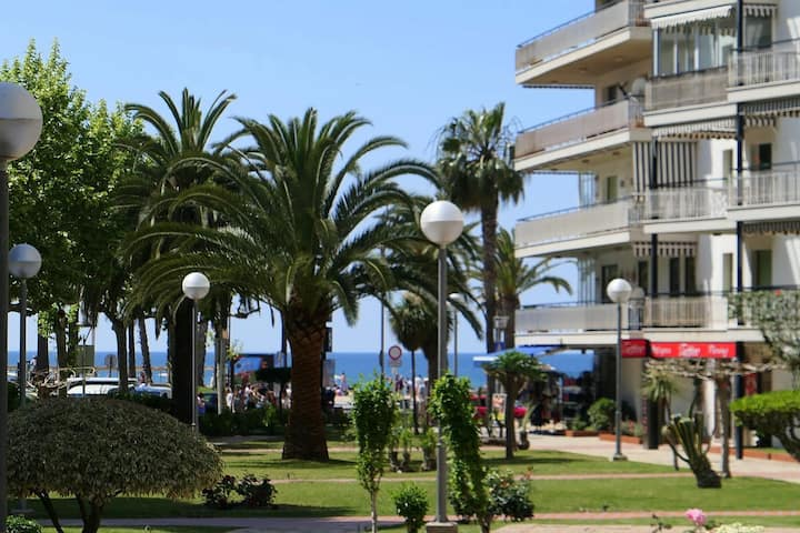 Modern apartment 3 minutes from the beach