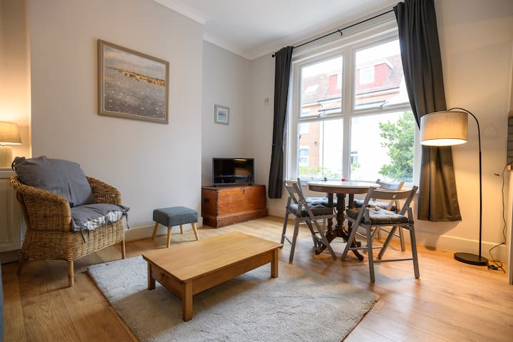 Beautiful Quirky Apartment in Stunning Location