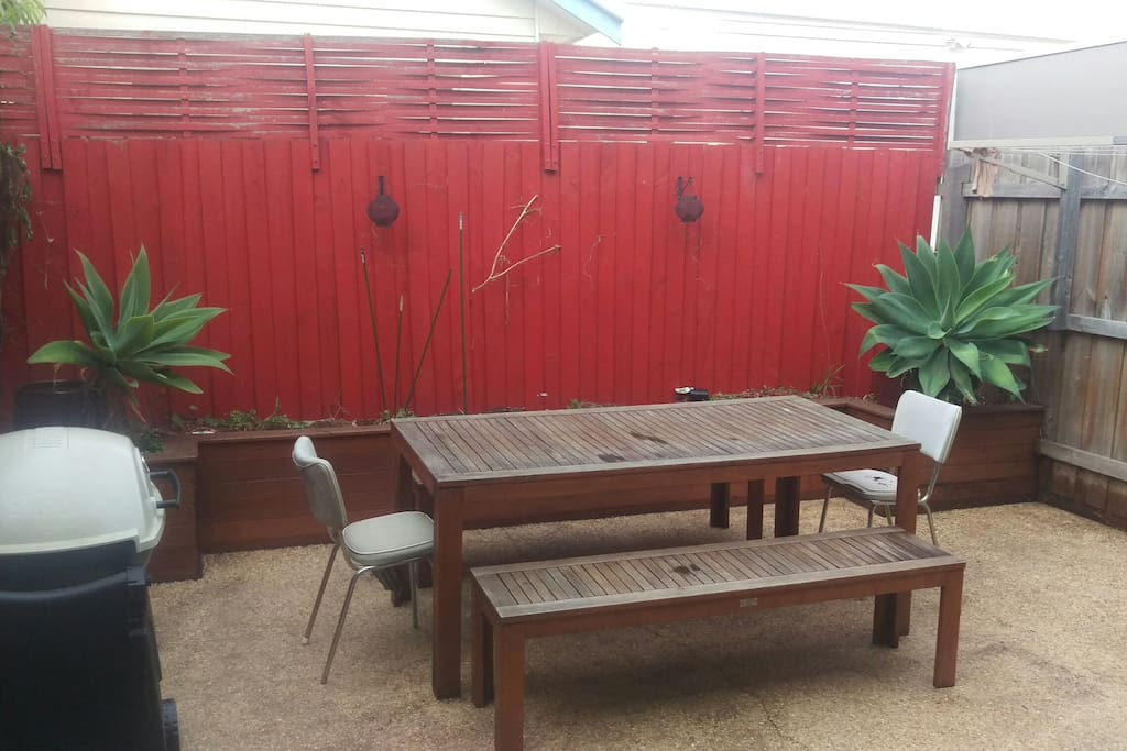 Private Courtyard. Large Weber BBQ and Outdoor Table