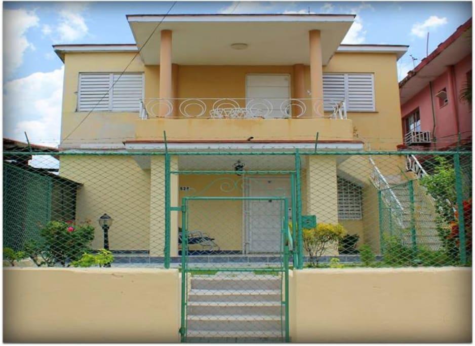 Esta es la fachada de la casa.