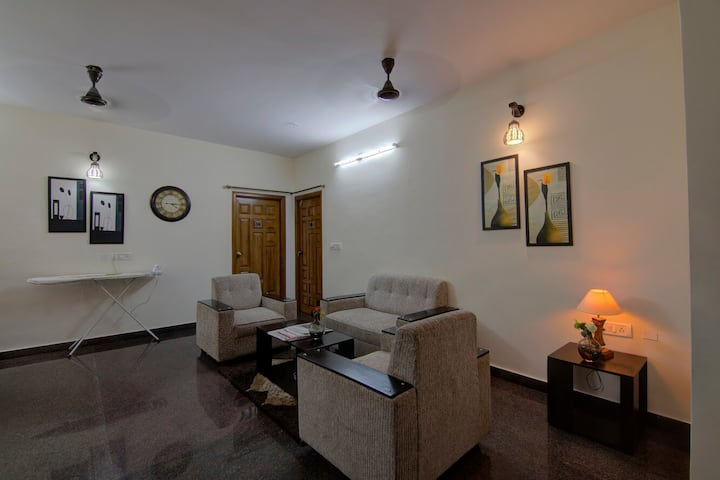 2BHK Deluxe Apartment with Kitchen Facilities