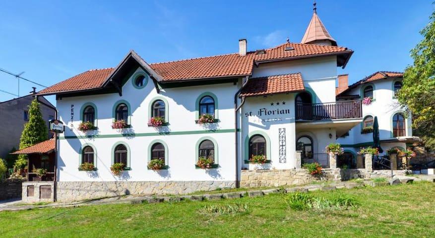 Penzion st. Florian - Příbor - Hus