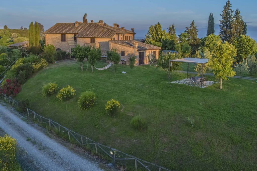 Podere Beci - 2 Apartments and a Guesthouse Property