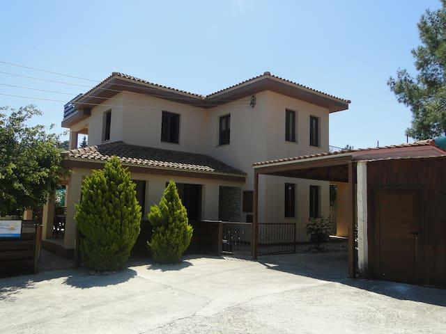 Kinousa Villa 2 - Paphos Wild Beuty - Kynousa - Villa