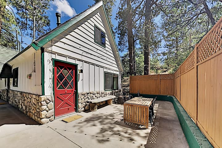 Classic Chalet Hideaway in Moonridge
