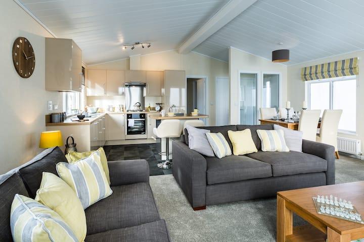 Three Bedroom Lodge 1