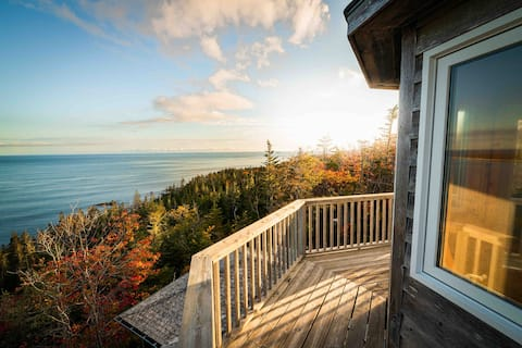The Tower Cabin at Tillys Head -a Place to Dream