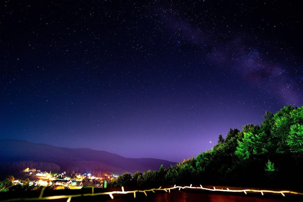 Wonderful shot of the starry sky by one of our beloved guests | ©️Teemu Laitinen (Photography) ✨