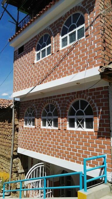 Casa judith con terrazza houses for rent in huaraz for Piani di casa con guest house annessa