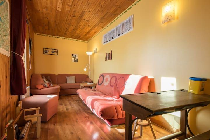 Gîte coquet, calme et tout confort  - Bief-du-Fourg - Apartment