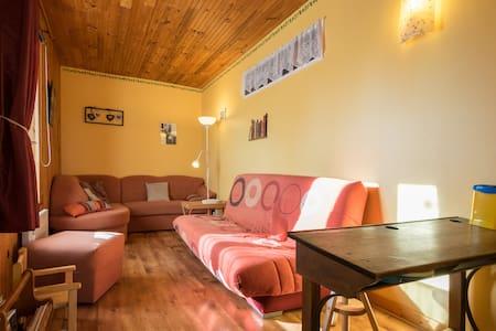 Gîte coquet, calme et tout confort  - Bief-du-Fourg - Appartement