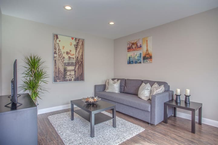 Modern, Clean, & Private in Silicon Valley