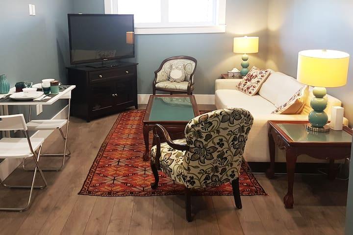 Long Lake Getaway: Modern, Quiet, Accessible Suite