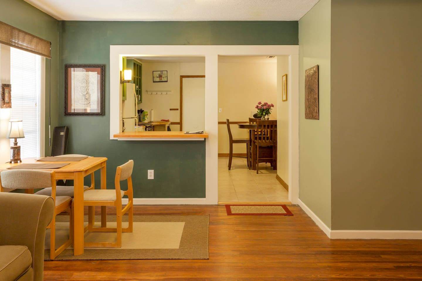 2 dining areas with kitchen pass through