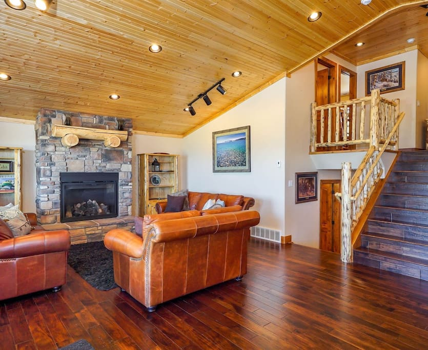 Family room open to kitchen with vaulted ceiling