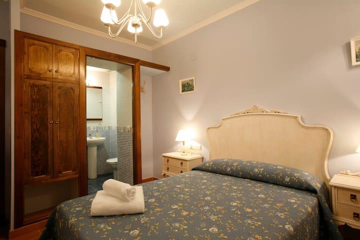 Guest House Felisa private Room Prepirineo Aragon - Santa Eulalia de Gállego - Rumah Tamu
