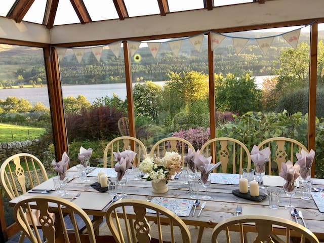 Loch Tummel.  Perfect waterfront family cottage