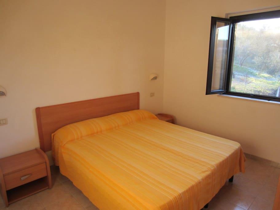 Trilocale con 2 camere matrimoniali in villa elisa for Case con 2 camere matrimoniali