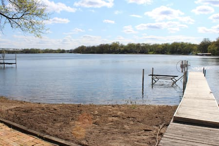 Lakefront Paddock Lake Vacation Home - Salem - Hus