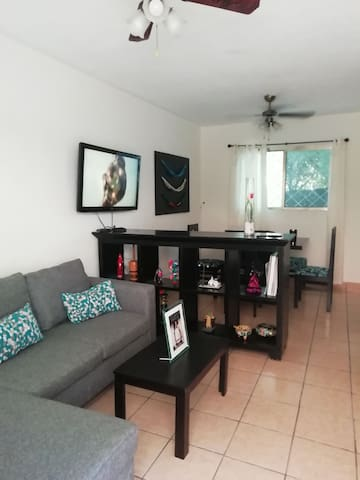 Best location at  Montejo/Downtown, cozy apartment