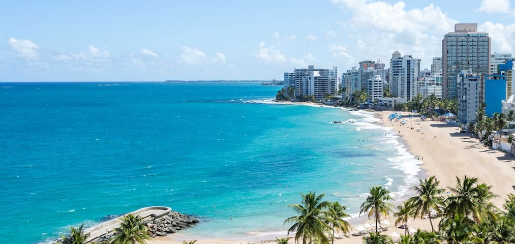 Condado beach dead center, 1 bedroom, 2 beds, prkg - San Juan - Appartement