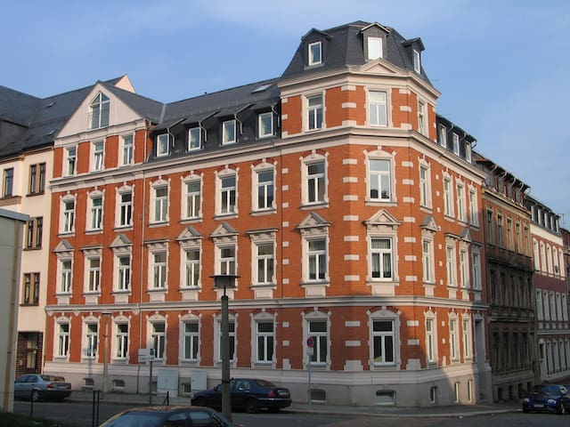 Ferienwohnung Warnken mit Sauna in Plauen - Plauen - Apartament