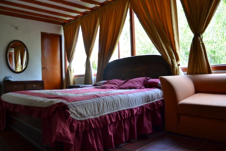 1 Private room in finca / land house in Guatapé