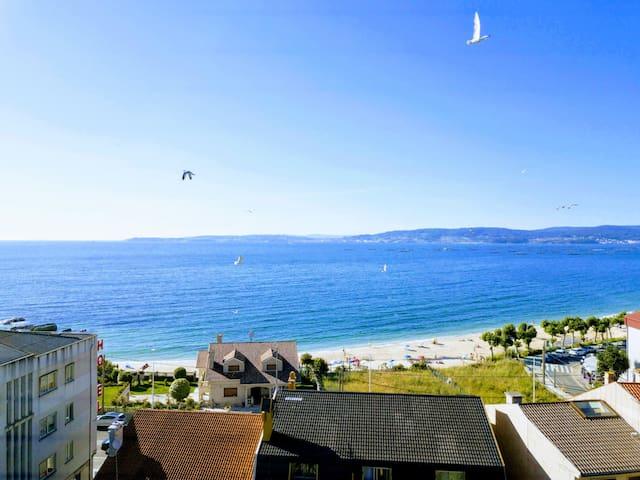 Apartamento con vistas al mar Playa Agrelo