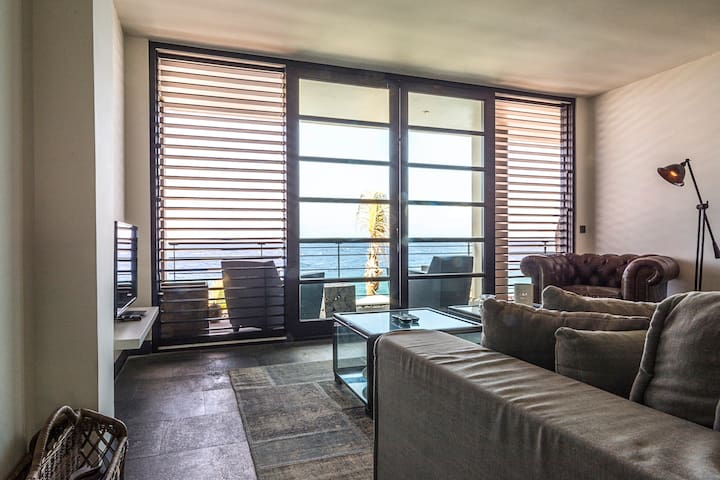 Ocean Front Luxury Apartment #30.3 - Willemstad