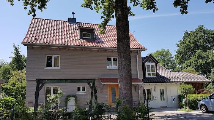 Gästezimmer im Holzhaus