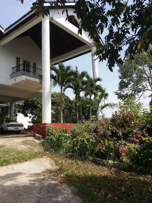 Family friendly mandeville manor houses for rent in mandeville manchester parish jamaica for 2 bedroom apartment for rent in mandeville jamaica