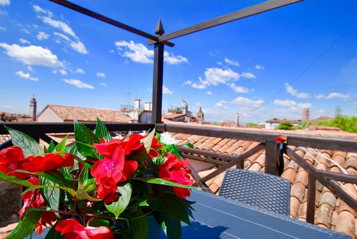 CA GRIMANI 2 private terrace with view