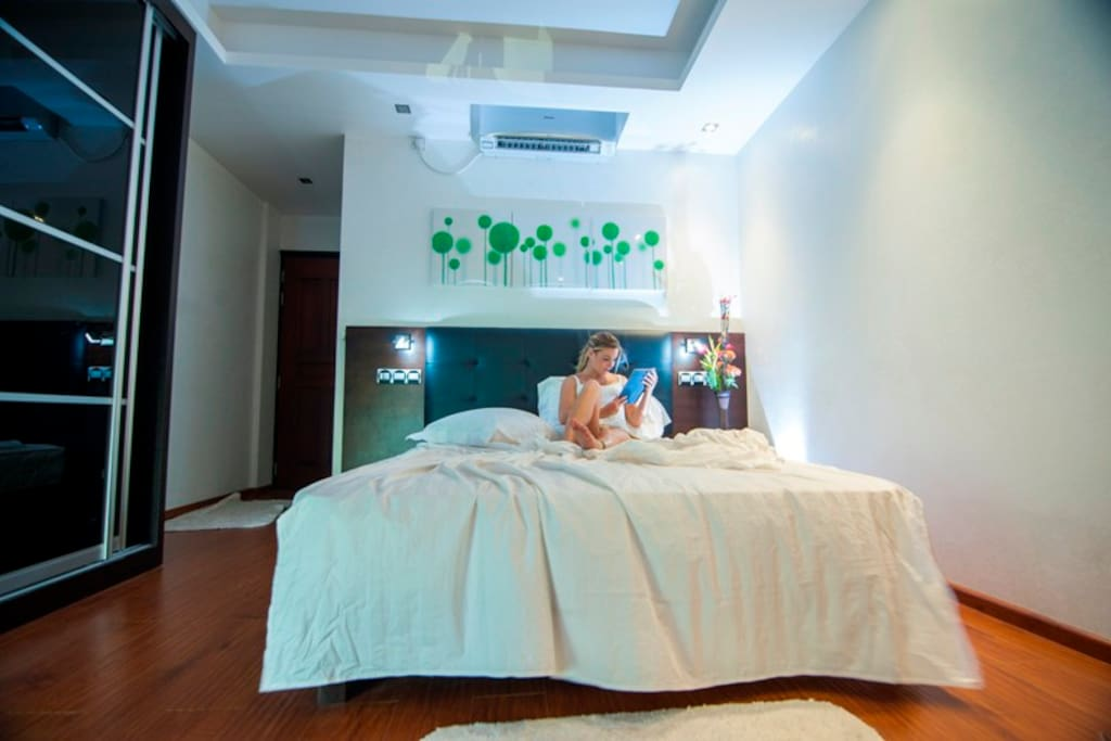 A bit of maldives with luxurious beachfront room for The family room hulhumale