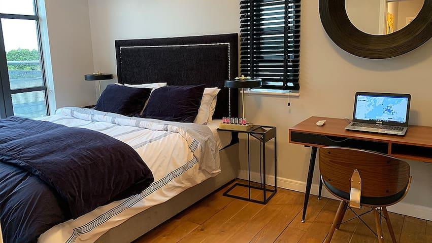 Zebra Premium Apartments@Cathedral Court