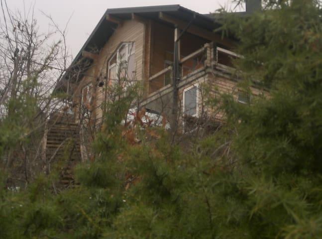 коттедж -сруб у  моря Альпийское шале - Novorossiysk - House